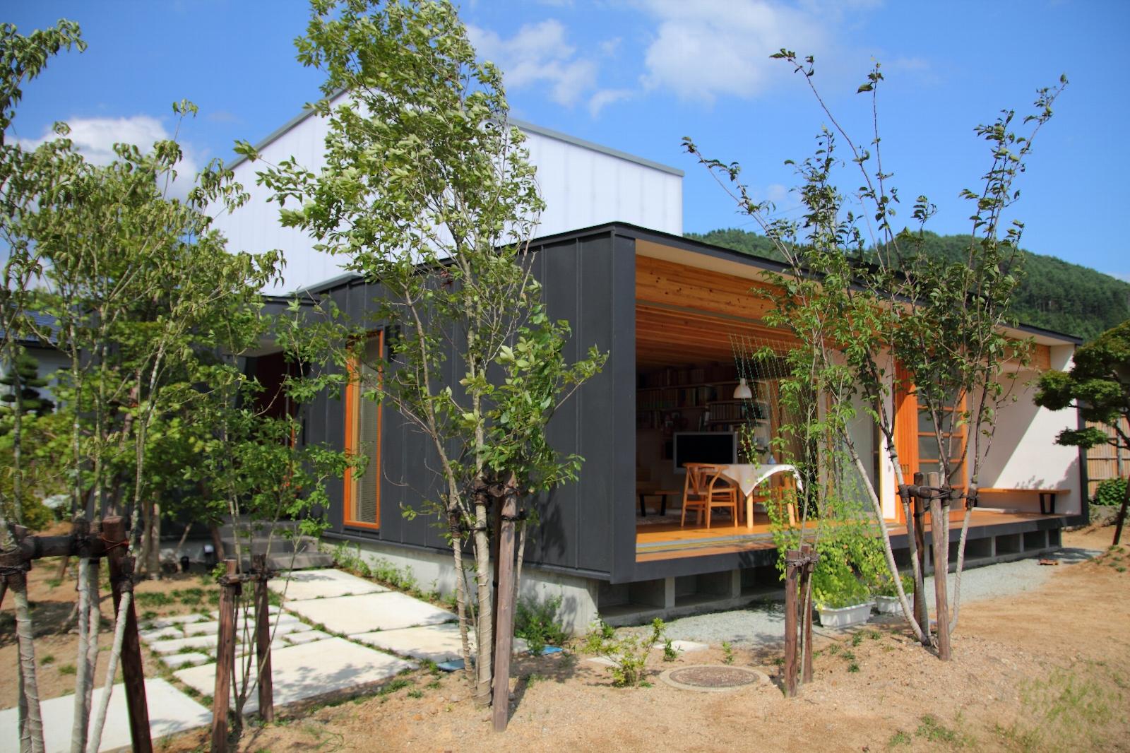 写真:白鷹の家2