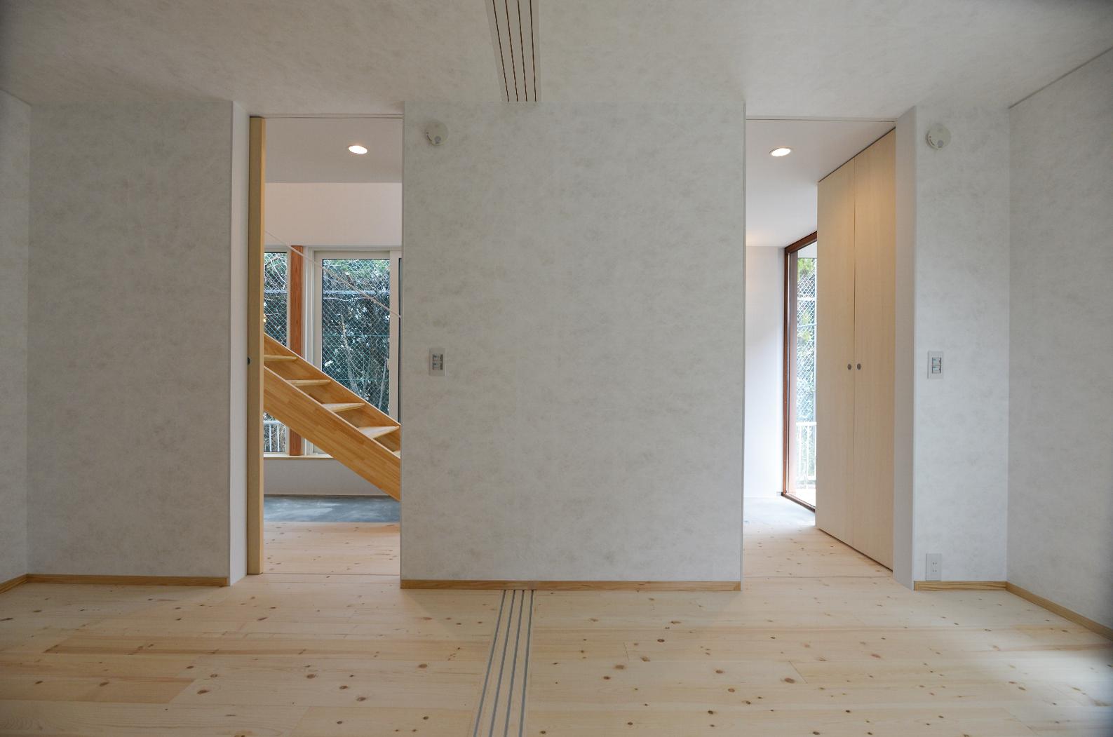 写真:通り土間の家23